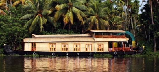 Enchanting Kerala tour including a houseboat stay, Cochin, Munnar, Alleppey & Kovalam - save 38% - from £1,399pp for 10 nights