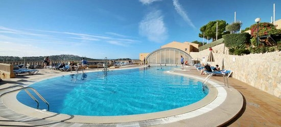 7 nights at the 3* Club Santa Ponsa, Santa Ponsa, Majorca