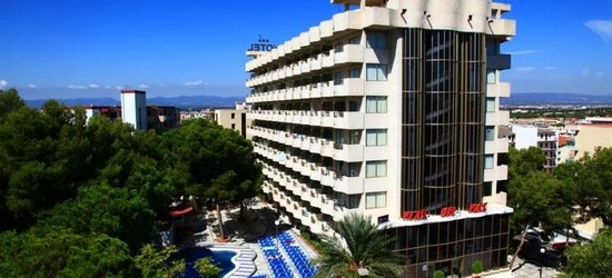 7 nights at the 3* Ohtels Playa de Oro, Salou, Costa Dorada