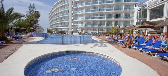 7 nights at the 4* Palia las Palomas, Torremolinos, Costa del Sol