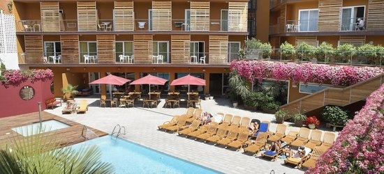 7 nights at the 4* Alegria Plaza Paris Hotel (ex. Fergus Style Plaza Paris Hotel), Lloret de Mar, Costa Brava