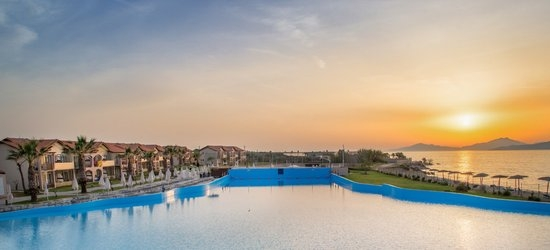 7 nights at the 4* LABRANDA Marine Aquapark Resort, Tigaki, Kos