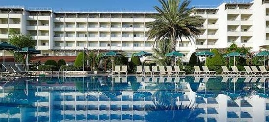 7 nights at the 4* LABRANDA Blue Bay Resort, Ialyssos, Rhodes