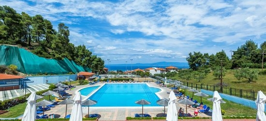 7 nights at the 4* Atrium Hotel, Pefkohori, Halkidiki