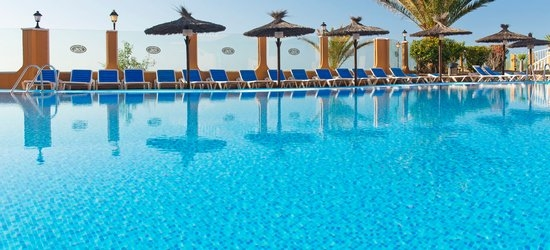 7 nights at the 3* Elba Castillo San Jorge & Antigua Suite Hotel, Caleta de Fuste, Fuerteventura