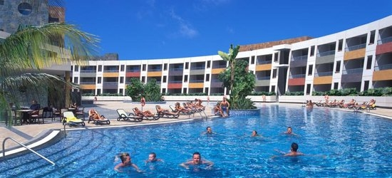 7 nights at the 4* Eurostars Las Salinas (ex. Solvasa Geranios Suites & Spa), Caleta de Fuste, Fuerteventura
