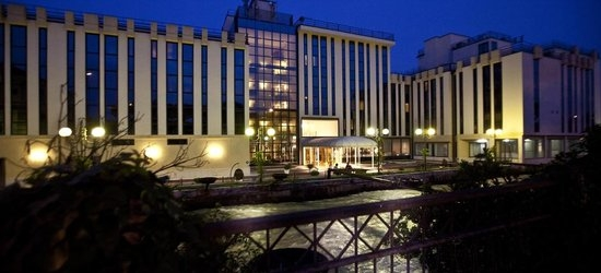 3 nights at the 4* Leon D'Oro Hotel, Verona, Veneto