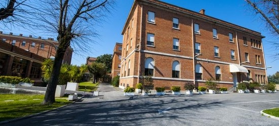 3 nights at the 3* Casa La Salle - Casa Religiosa, Rome