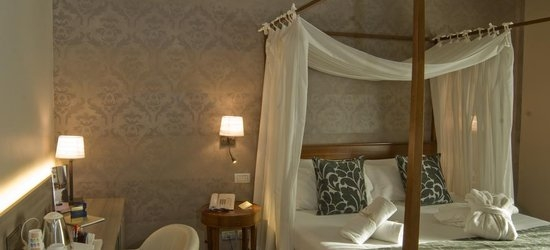 3 nights at the 4* Grand Hotel Des Arts, Verona, Veneto