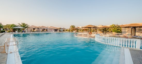 7 nights at the 4* Akti Beach Club, Kardamena, Kos