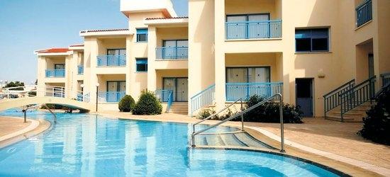 7 nights at the 3* Kissos Hotel, Paphos