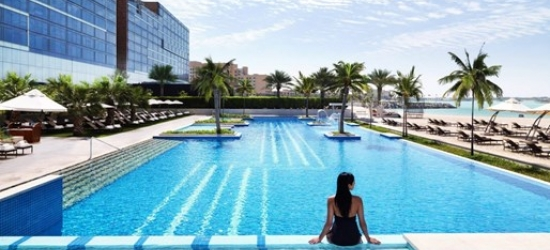 5-night Abu Dhabi stay, meals & transfer, save 30%