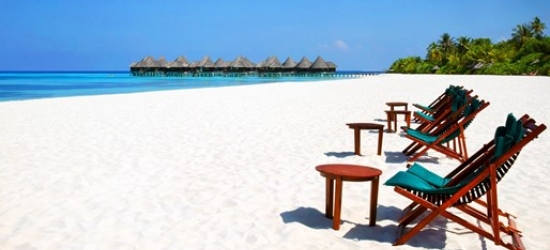 4-star Maldives week, meals & transfers, save 20%