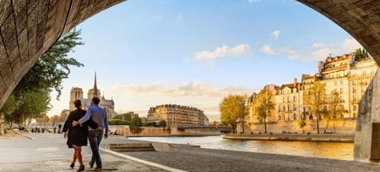 £132 & up -- Paris: 4-star hotel stay w/breakfast
