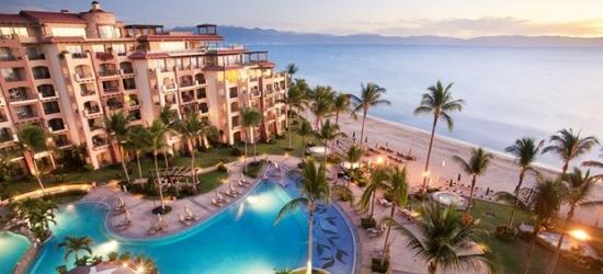 £148 -- Puerto Vallarta Beachfront Resort w/$75 Credit