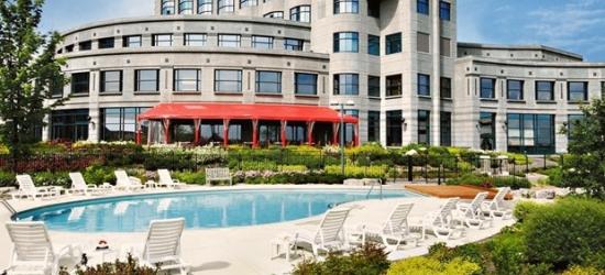 £99 -- Ottawa: Kanata Hotel w/Parking & Credit, Reg. £185