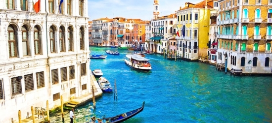 ✈ Venice: 2 to 4 Nights with Breakfast and Return Flights at Choice of Hotels*