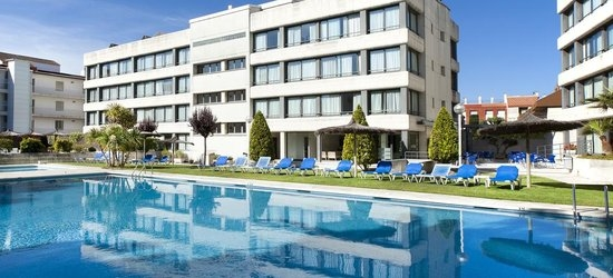 3 nights at the 3* Atenea Park-Suites, Barcelona, Costa Brava