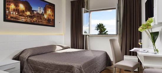 3 nights at the 4* Golden Tulip Rome Airport Isola Sacra, Rome