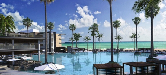 Heavenly Cancún getaway with a swim-out suite