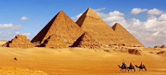 8-night Egypt escorted group tour w/pyramids & Nile cruise