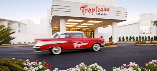 £53 & up -- Classic Vegas Strip Hotel with Spa & Dining Extras