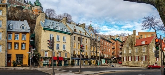 £110 -- Old Quebec: 4-Star Suite Stay with Parking, Reg. £151