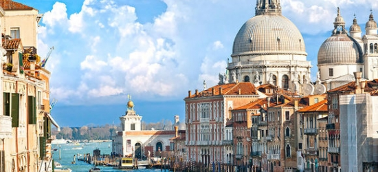 Italy / Venice - Romance on the Grand Canal in Venice at the Hotel Carlton on the Grand Canal 4*