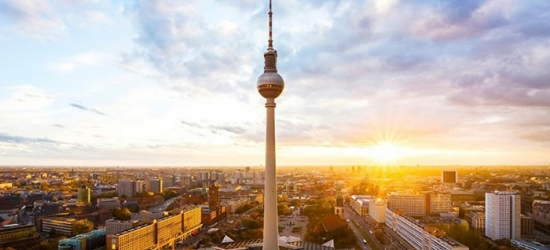 Berlin: Double or Twin Room Stay for Two with Optional Breakfast at 4* Michels Apart Hotel Berlin