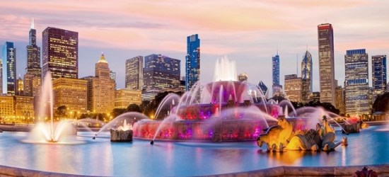 £89 -- Chicago: Michigan Avenue 4-Star Stay near Museums, Save 45%
