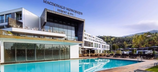 Luxury 5* spa hotel with breathtaking views in the Algarve
