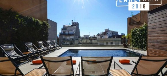Barcelona hotel with rooftop pool