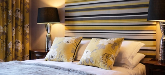 Edinburgh: 1 or 2 Nights for Two with Breakfast, Drinks and Chocolates at Ben Cruachan