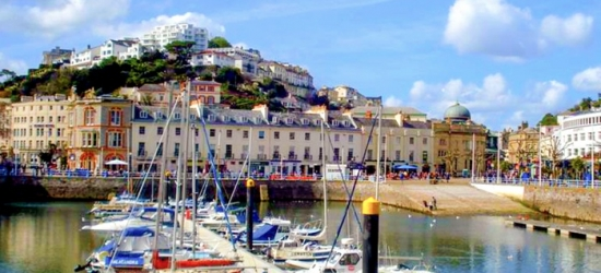 Torquay: 2 or 3 Nights for Two with Breakfast and Welcome Drink at Tusker Lodge