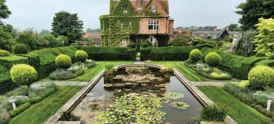 Buckinghamshire: One night stay for two at De Vere Horwood Estate