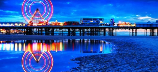 2-5nt Blackpool Escape & Breakfast for 2 or a Family of 4