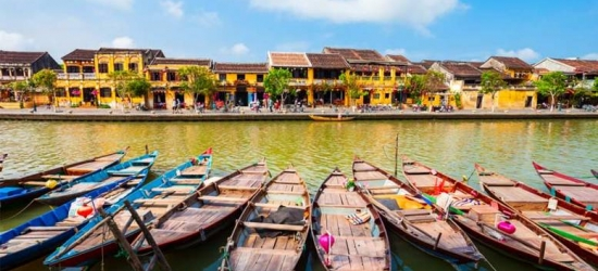 10-Day Vietnam Tour - See Halong Bay, Hanoi, Hoi An & More!