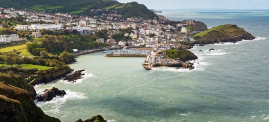 1-3nt Ilfracombe Getaway, Wine & Breakfast for 2 – Dinner Option!