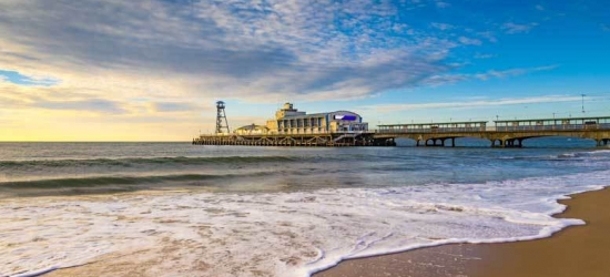 4* Bournemouth Escape, Breakfast, Dinner & Leisure Access for 2