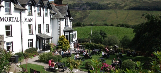 1-2nt Lake District Escape & Breakfast for 2 @ The Mortal Man