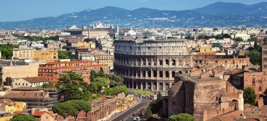 Leafy Rome break with a Colosseum tour