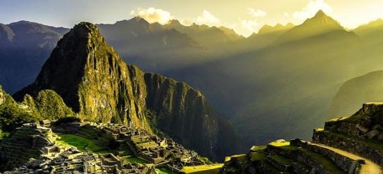Jaw-dropping Peru & Ecuador tour with Galapagos Islands & Machu Picchu, Quito, Santa Cruz, San Cristobal, Lima, Puno, Cusco & Aguas Calientes