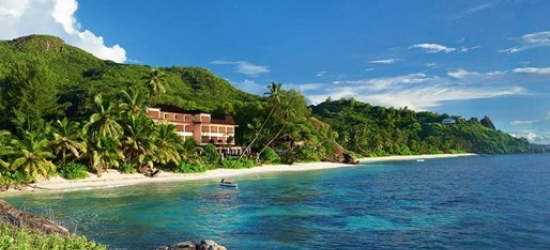 Seychelles: deluxe week & breakfast, save 32%