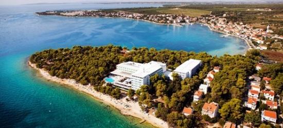 Croatia: 4-star holiday and daily breakfast