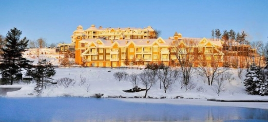 £210 -- Muskoka: 4-Star Family Getaway w/Breakfast, Reg. £346