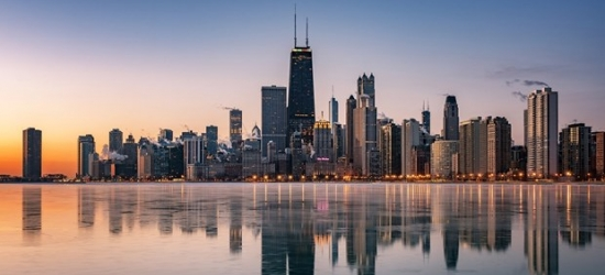 £72 -- Visit Chicago: Hip Boutique Hotel w/Parking