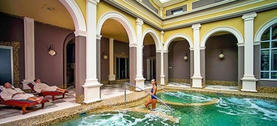 £147 -- Tuscany: 5-star spa hotel stay w/breakfast, 55% off