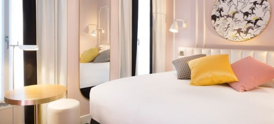 France / Paris - Chic Style 600m from the Arc de Triomphe with Lido Cabaret Show & Dinner at the Hotel Pastel Paris 3*