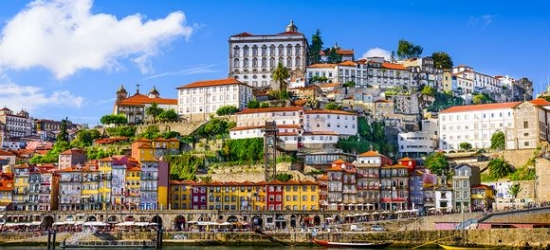 Porto - Douro riverside hotel with cruise and wine tasting
