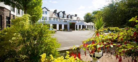 Co. Mayo: 1 or 2 Nights for Two with Breakfast, Leisure Access, Late Check-Out and 2-Course Dinner at Twin Trees Hotel